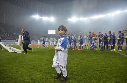 Player Escort la Universitatea Craiova - Slavia Praga