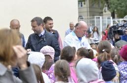 Cei mai mici și mai fierbinți dintre români, împreună cu Ungureanu și Mangia