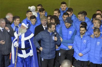 """Declarații Devis Mangia la evenimentul """"Moș Crăciun în alb-albastru"""""""