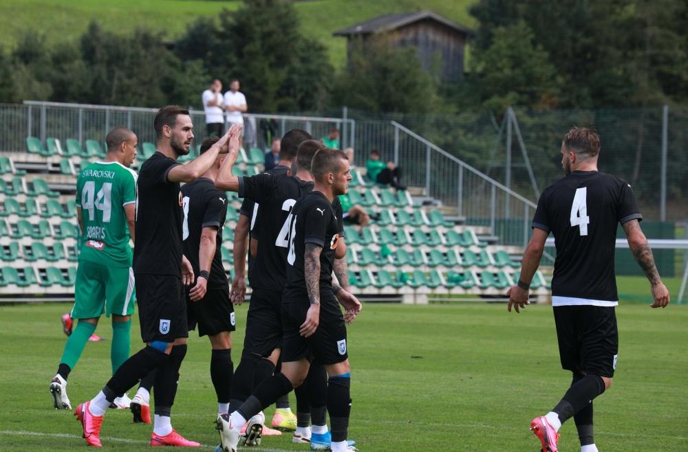 Victorie în amicalul cu Tirol