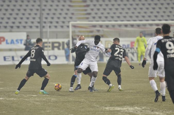 "Botosaniul ""ingheata"" tabela cand nu mai credea nimeni. Universitatea pierde 0-1 in Moldova."
