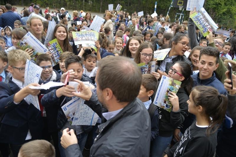 Știința va fi alături de elevi la deschiderea noului an școlar