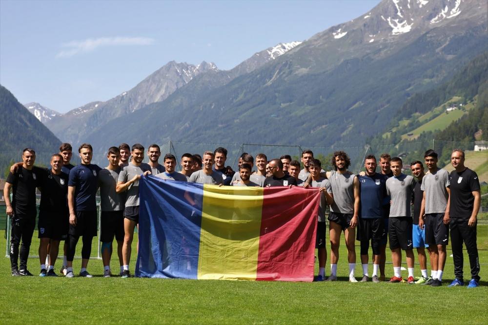 Ziua Drapelului Național, sărbătorită de alb-albaștri în Austria