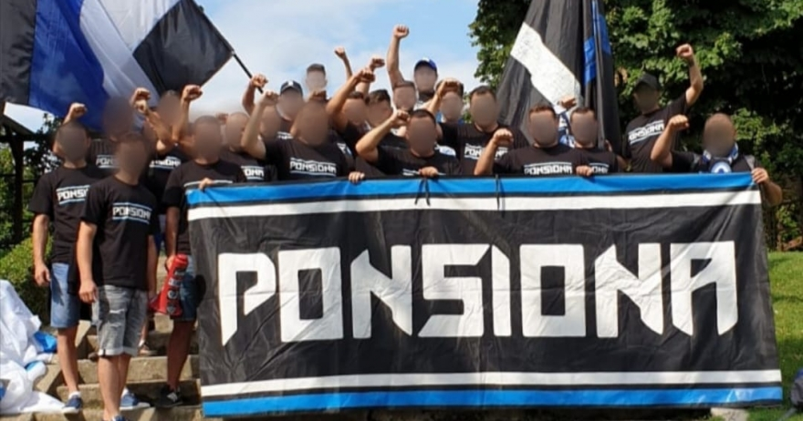 Ponsiona, debut în Peluza Nord