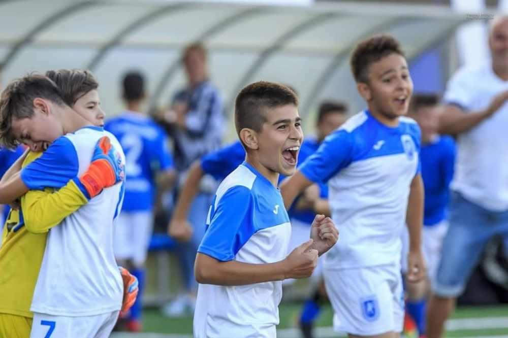 LIVE-VIDEO: Universitatea Craiova U-13 - FC Viitorul