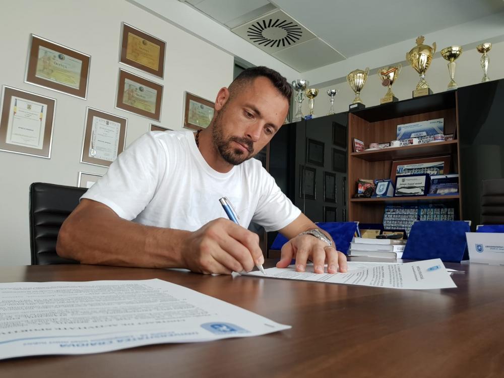 Are nouă trofee în palmares și azi a semnat cu Știința: bun venit, Edi Stăncioiu!