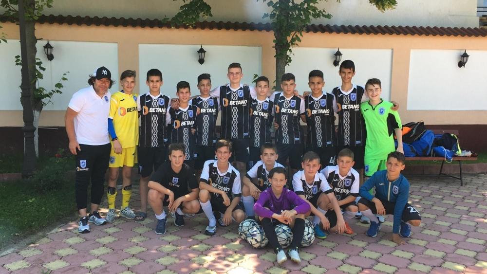 Finaliști în cadrul Turneului Zonal Under-13