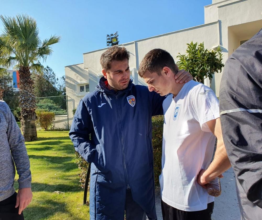 """Antrenorul naționalei U-21 și secundul naționalei mari, cu ochii pe """"lei"""""""