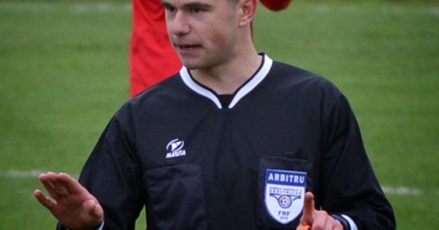 Eduard Ioniță conduce partida din Cupă